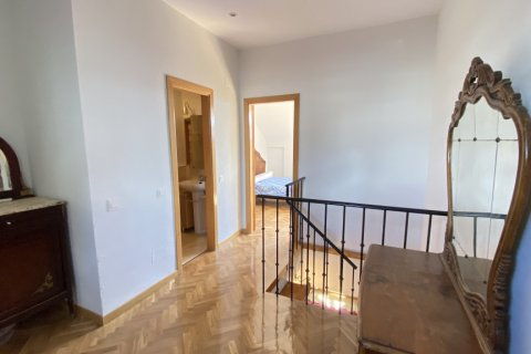 Duplex for rent in Madrid, Spain, 2 bedrooms, 98.00m2, No. 1489 – photo 19