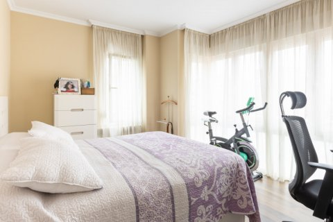 Apartment for sale in Madrid, Spain, 3 bedrooms, 121.00m2, No. 2521 – photo 13