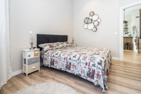 Apartment for sale in Madrid, Spain, 1 bedroom, 67.00m2, No. 2197 – photo 22