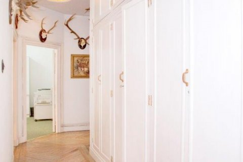 Apartment for sale in Madrid, Spain, 4 bedrooms, 205.00m2, No. 1504 – photo 7