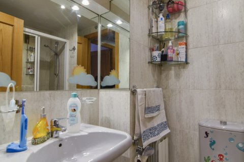 Apartment for sale in Madrid, Spain, 3 bedrooms, 98.00m2, No. 1682 – photo 14