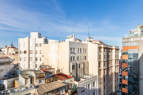 Apartment for sale in Madrid, Spain, 2 bedrooms, 60.00m2, No. 2374 – photo 25