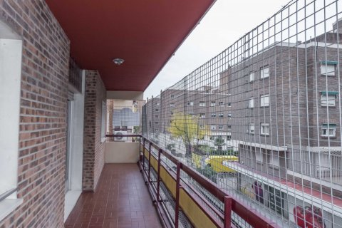 Apartment for sale in Madrid, Spain, 6 bedrooms, 216.00m2, No. 2002 – photo 11