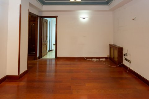Apartment for sale in Madrid, Spain, 4 bedrooms, 196.00m2, No. 2199 – photo 13