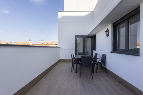 Penthouse for sale in Getafe, Madrid, Spain, 4 bedrooms, 249.00m2, No. 2727 – photo 3