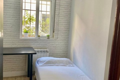 Apartment for sale in Madrid, Spain, 2 bedrooms, 55.00m2, No. 2332 – photo 11