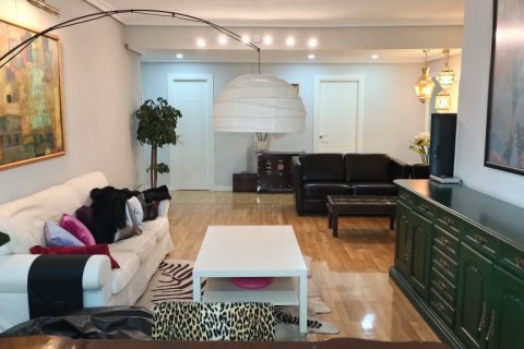 Apartment for rent in Madrid, Spain, 3 bedrooms, 170.00m2, No. 2047 – photo 15