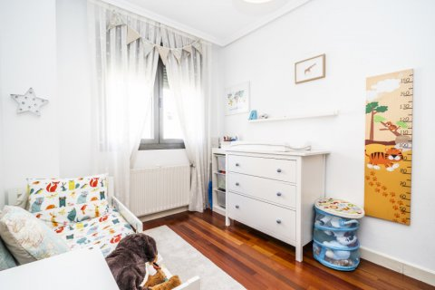 Apartment for sale in Madrid, Spain, 3 bedrooms, 132.00m2, No. 1694 – photo 25