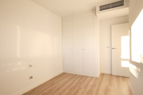Apartment for sale in Madrid, Spain, 4 bedrooms, 200.00m2, No. 2361 – photo 25