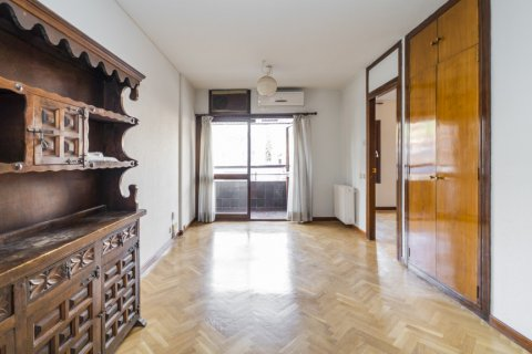 Apartment for sale in Madrid, Spain, 1 bedroom, 50.00m2, No. 2636 – photo 1