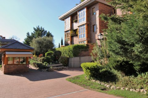 Penthouse for sale in Madrid, Spain, 3 bedrooms, 204.00m2, No. 1774 – photo 5