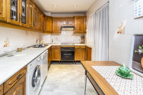 Apartment for sale in Madrid, Spain, 4 bedrooms, 152.00m2, No. 2316 – photo 28