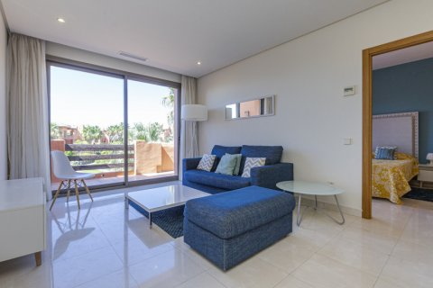 Penthouse for sale in Estepona, Malaga, Spain, 1 bedroom, 73.00m2, No. 2310 – photo 4