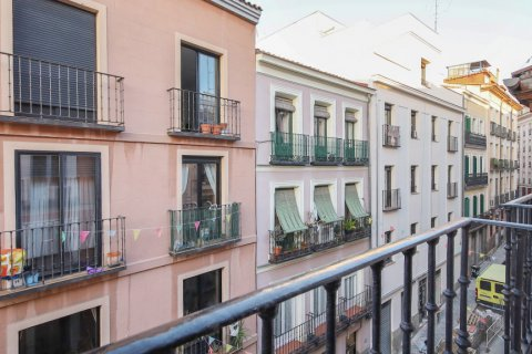 Apartment for sale in Madrid, Spain, 1 bedroom, 83.00m2, No. 2438 – photo 22