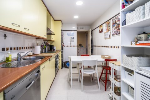 Apartment for sale in Madrid, Spain, 3 bedrooms, 132.00m2, No. 1694 – photo 4