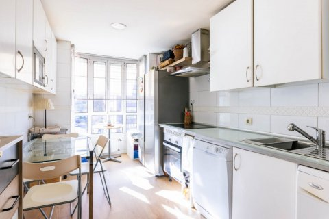 Apartment for sale in Madrid, Spain, 4 bedrooms, 152.00m2, No. 2702 – photo 20