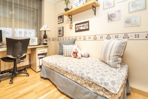 Apartment for sale in Madrid, Spain, 2 bedrooms, 83.00m2, No. 2563 – photo 2