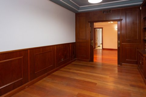 Apartment for sale in Madrid, Spain, 4 bedrooms, 196.00m2, No. 2199 – photo 12