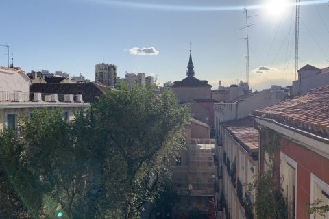 Apartment for rent in Madrid, Spain, 2 bedrooms, 75.00m2, No. 1942 – photo 2