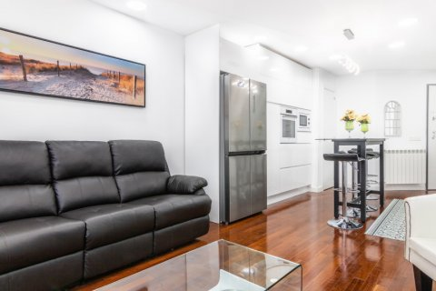 Apartment for sale in Madrid, Spain, 3 bedrooms, 100.00m2, No. 2540 – photo 7