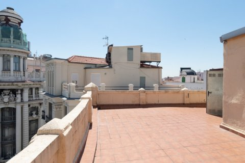Apartment for sale in Madrid, Spain, 3 bedrooms, 225.78m2, No. 2489 – photo 25