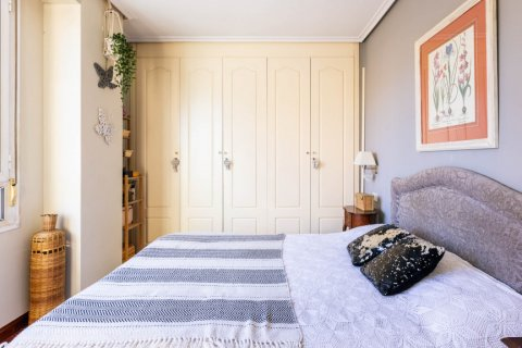Apartment for sale in Madrid, Spain, 4 bedrooms, 152.00m2, No. 2702 – photo 26