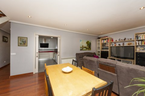 Apartment for sale in Madrid, Spain, 4 bedrooms, 418.00m2, No. 2200 – photo 1