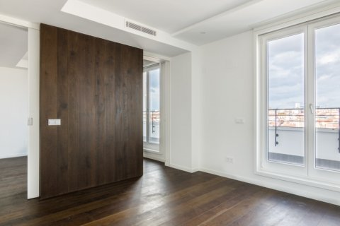 Duplex for sale in Madrid, Spain, 3 bedrooms, 383.49m2, No. 2257 – photo 17