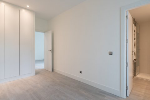 Apartment for sale in Madrid, Spain, 2 bedrooms, 95.16m2, No. 2158 – photo 20