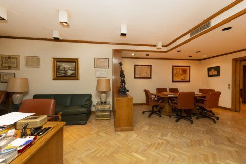Apartment for sale in Madrid, Spain, 4 bedrooms, 206.00m2, No. 2284 – photo 3