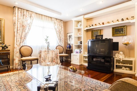 Duplex for sale in Madrid, Spain, 5 bedrooms, 514.00m2, No. 1493 – photo 19