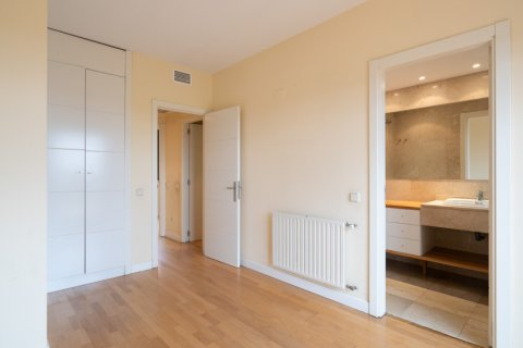 Penthouse for sale in Madrid, Spain, 3 bedrooms, 126.00m2, No. 2556 – photo 24