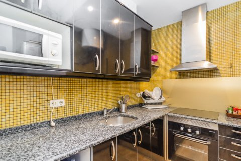 Apartment for sale in Madrid, Spain, 4 bedrooms, 160.00m2, No. 1471 – photo 30