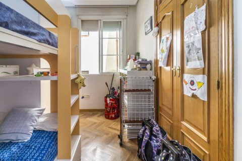 Apartment for sale in Madrid, Spain, 3 bedrooms, 132.00m2, No. 1868 – photo 13