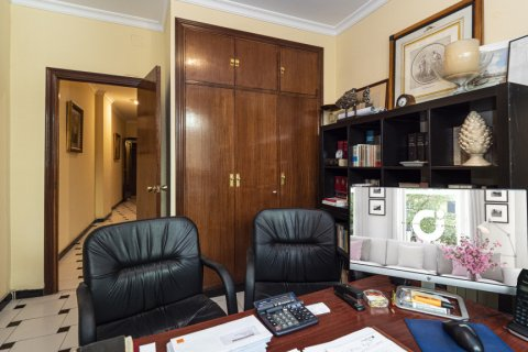 Apartment for sale in Malaga, Spain, 5 bedrooms, 181.00m2, No. 2193 – photo 14