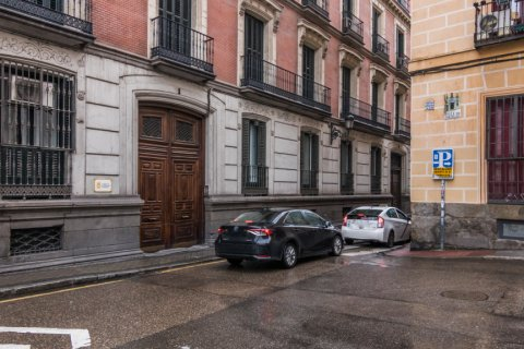 Apartment for sale in Madrid, Spain, 2 bedrooms, 183.00m2, No. 2417 – photo 30