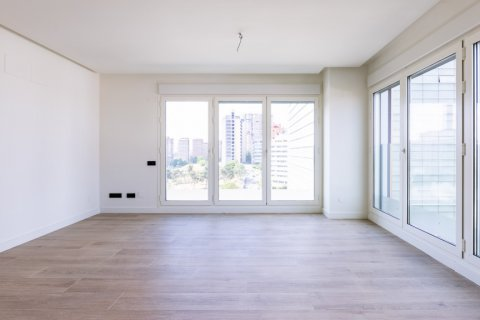 Apartment for sale in Madrid, Spain, 3 bedrooms, 168.00m2, No. 2464 – photo 7