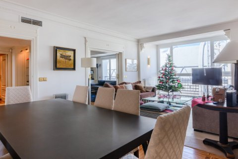 Apartment for sale in Madrid, Spain, 4 bedrooms, 298.00m2, No. 1992 – photo 3