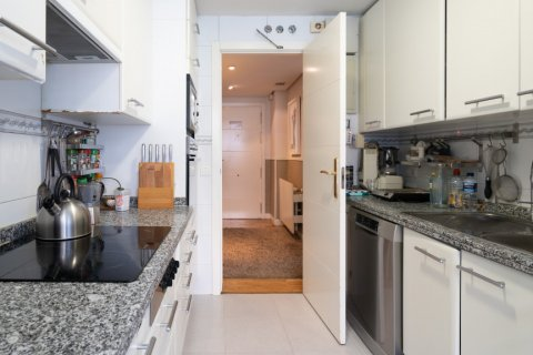 Apartment for sale in Madrid, Spain, 4 bedrooms, 171.00m2, No. 2442 – photo 14