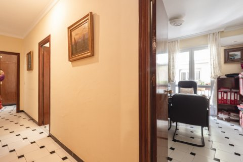 Apartment for sale in Malaga, Spain, 5 bedrooms, 181.00m2, No. 2193 – photo 10