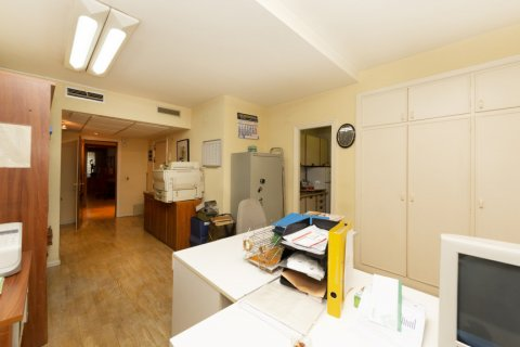 Apartment for sale in Madrid, Spain, 4 bedrooms, 206.00m2, No. 2284 – photo 26
