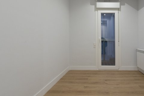 Apartment for sale in Madrid, Spain, 3 bedrooms, 136.00m2, No. 2007 – photo 18