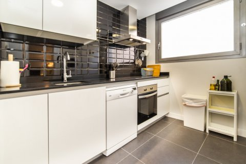 Apartment for sale in Madrid, Spain, 3 bedrooms, 150.00m2, No. 2538 – photo 13