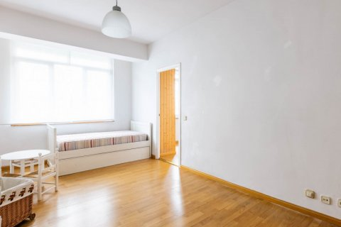 Apartment for sale in Madrid, Spain, 3 bedrooms, 168.00m2, No. 2301 – photo 23