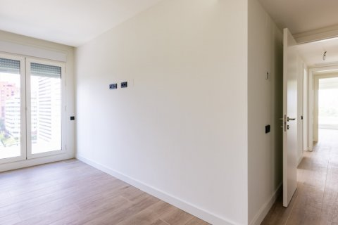 Apartment for sale in Madrid, Spain, 3 bedrooms, 168.00m2, No. 2464 – photo 10