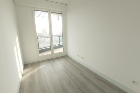 Apartment for rent in Madrid, Spain, 3 bedrooms, 155.00m2, No. 2601 – photo 18