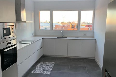 Penthouse for rent in Madrid, Spain, 4 bedrooms, 180.00m2, No. 1776 – photo 14