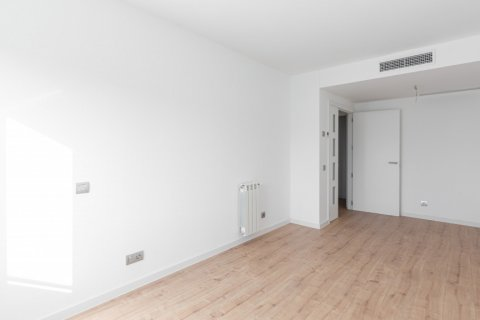 Apartment for rent in Madrid, Spain, 3 bedrooms, 104.00m2, No. 2164 – photo 2