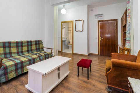 Apartment for sale in Madrid, Spain, 3 bedrooms, 88.00m2, No. 2453 – photo 6