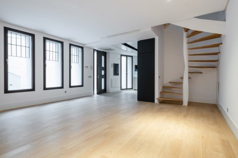 Apartment for sale in Madrid, Spain, 2 bedrooms, 157.00m2, No. 2070 – photo 1
